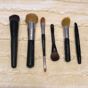 Set of 6 bareMinerals Brushes
